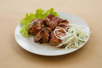 Шашлык из свинины с доставкой